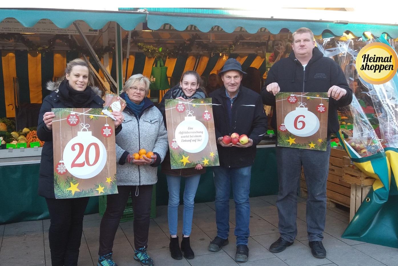 Markthändler präsentieren ihren Adventskalender